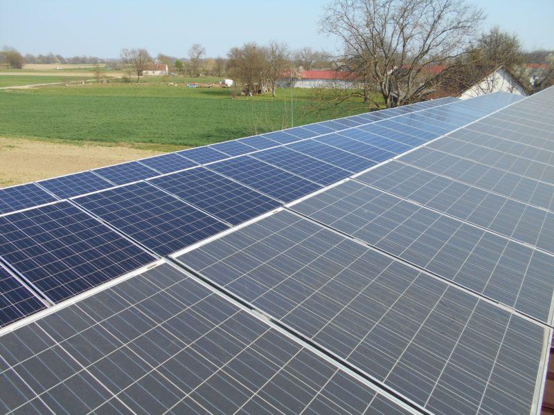 čiščenje-sončnih elektrarn