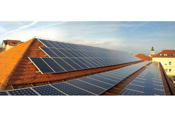 Mala sončna elektrarna na telovadnici Voličina 2