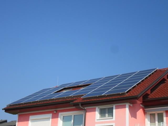 domača-sončna-elektrarna-za-samooskrbo