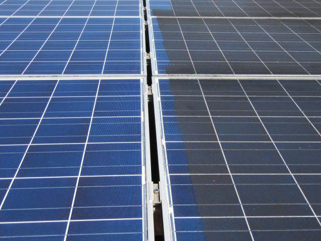 čiščenje solarnih modulov