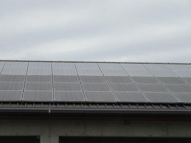 čistilni servis za sončne elektrarne